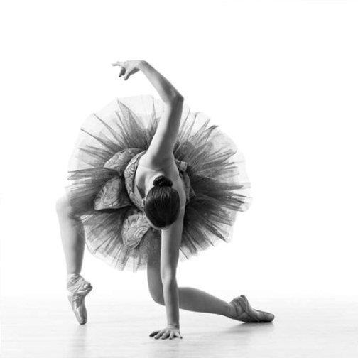 Danza classica giuly dance for Immagini di ballerine di danza moderna